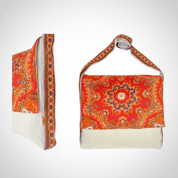 Picture of Colourful linen messenger bag in red