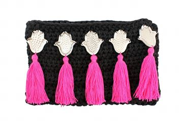 Picture of Embellished clutch in balck with kaffs and Fushia tassels. L 18 * W 31 cm