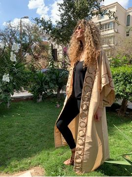Picture of Beige kaftan with circles