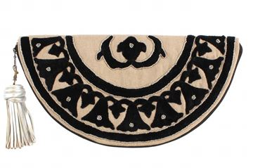 Picture of Lotus half circle black clutch with silver beads L 20 * W  38