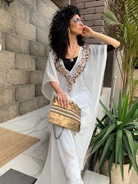 Picture of Abaya Off white with star shape