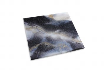 Picture of Hot Pad in black, white & a touch of gold (19 x 19 cm)
