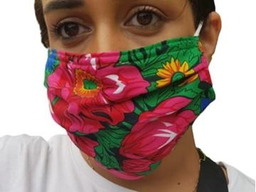 Picture of FLORAL MASKS WITH ELASTIC BANDS IN GREEN NOTE: COLORS WILL VARY DEPENDING ON THE MATERIAL AVAILABLE. - OUR MASKS ARE COMPOSED OF 3 LAYERS INCLUDING A FILTER AND A NOSE SUPPORT.