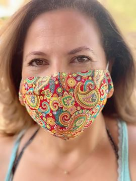 Picture of CASHMERE PRINT - MASKS ARE COMPOSED OF 3 LAYERS INCLUDING A FILTER AND A NOSE SUPPORT